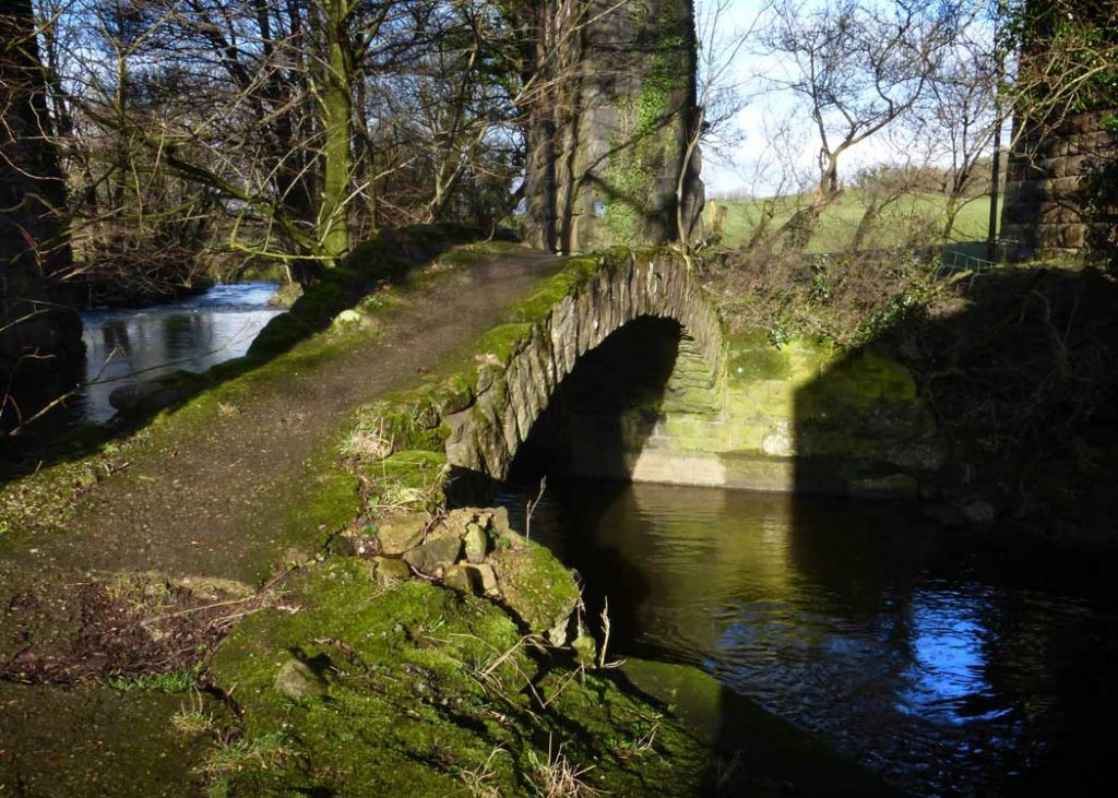 packhorse bridge, lancashire