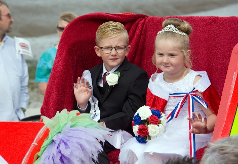 Young Carnival royalty looking the part.