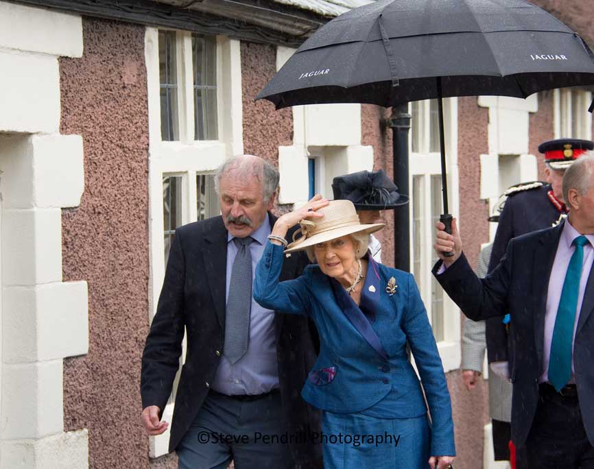 Royal visit, Lancaster almshouses